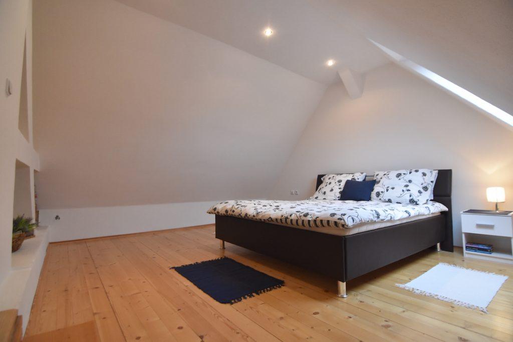 VIDEO: 3-room maisonette apartment in the center of town for rent, Štúrova, Nitra