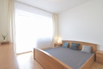 3D a VIDEO: 4-izbový byt v novostavbe s troma balkónmi, pivnicou a garážovým státím na Chrenovej, Botanická, Nitra