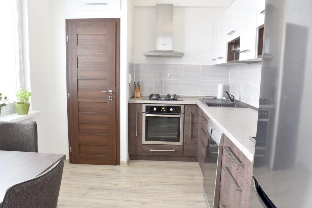 VIDEO: Moderný 3-izbový byt s 2 balkónmi Kollárova ul., Nitra