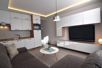 ВИДЕО: Реконструирована, современно оборудована квартира-студия на улице Jurkovičova в городской части Klokočina, Nitra