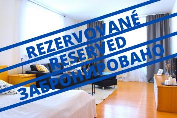 3D и ВИДЕО: Просторная однокомнатная квартира с балконом в городе Bratislava – Lamač