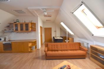 VIDEO: Apartmán s balkónom, Dolné Krškany, Nitra
