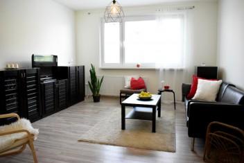 3D: Просторная 3-комнатная квартира с лоджией и подвалом в городе Bratislava на улице Gercenova