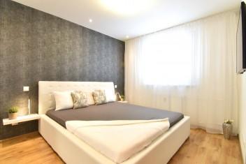 3D a VIDEO: Zrekonštruovaný 2-izbový byt s balkónom a pivnicou pri parku, Vodná ul., Nitra